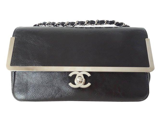 Sacs à main Chanel Sac noir medium Cuir Noir ref.87366