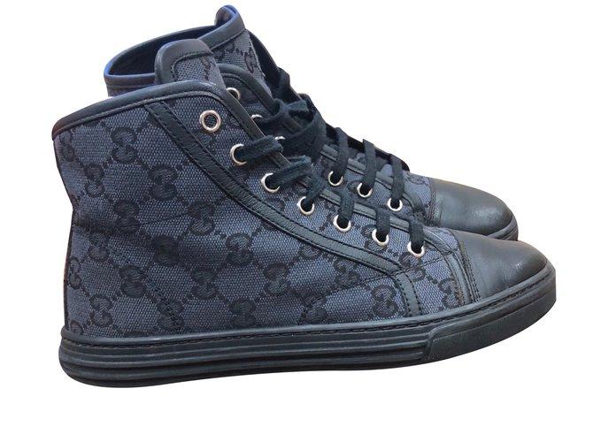 Gucci Hi top monogram trainers Sneakers