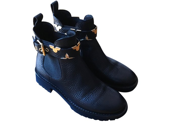 99074b59aa32 Louis Vuitton Boots RIDE FLAT Ankle Boots Leather Black ref.87735 ...