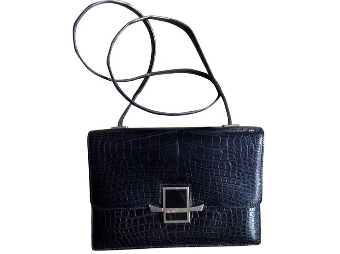 Hermès Handbags Handbags Exotic leather Black ref.88228 - Joli Closet 81e929cc94ca0