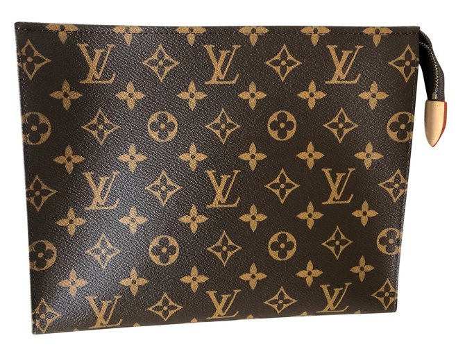 f7e24550989b Louis Vuitton Toiletry Pouch 26 Clutch bags Leather Brown ref.88564 ...