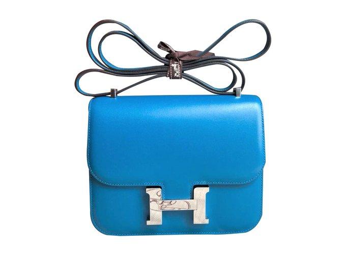 Sacs à main Hermès Constance 18 Blue Izmir Tadelakt PHW Cuir Bleu ref.88967