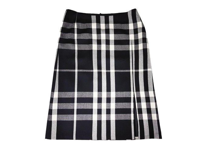 Burberry Skirts Skirts Wool Black ref.89037