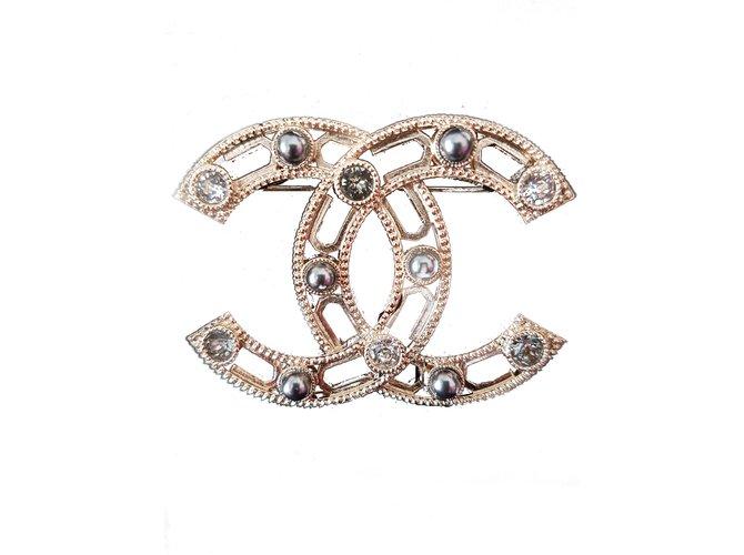 Chanel Pins & Broschen Anstecker & Broschen Metall Golden ref.89368