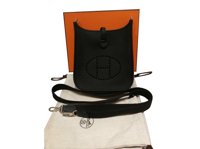 Sacs à main Hermès Evelyne TPM Cuir Noir ref.89635