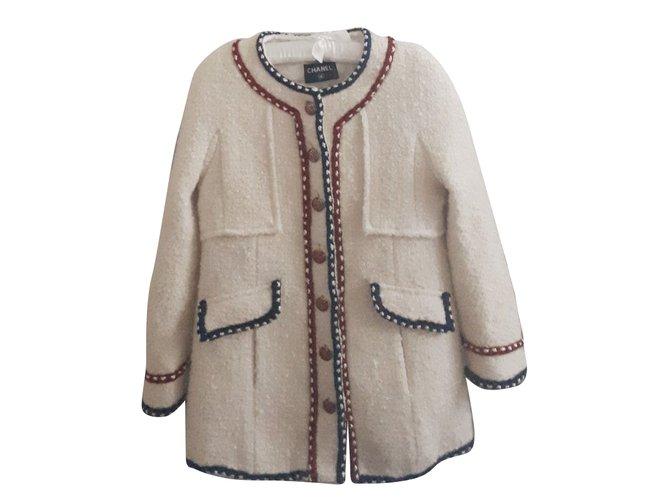 Chanel Jackets Jackets Tweed Cream ref.89922