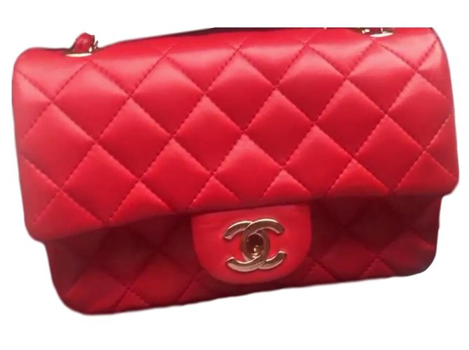 1e48a4690d5f73 Chanel Handbags Handbags Lambskin Red ref.90142 - Joli Closet