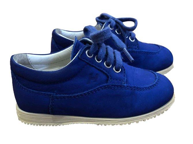 Baskets enfant Hogan Chaussures de sport à lacets Suede Bleu ref.90557