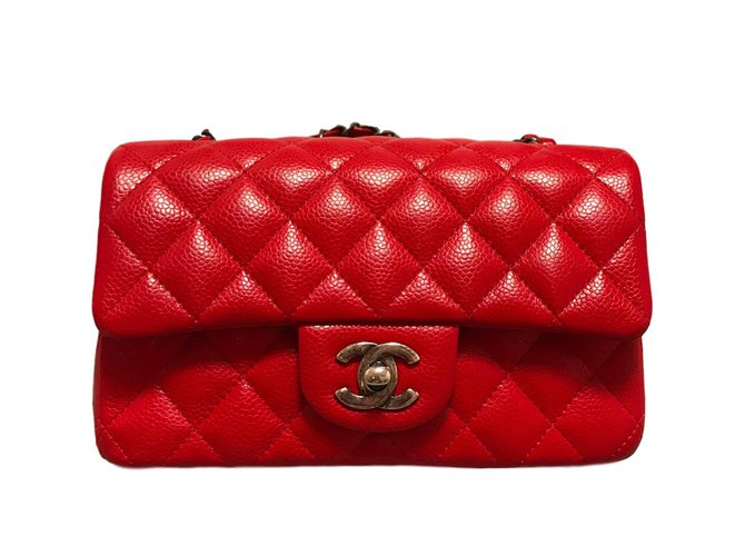b6d790c9ef13 Chanel Mini 8'´ Handbags Patent leather Red ref.91016 - Joli Closet