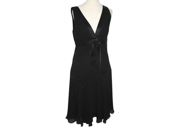 67dcd8467e8 Ted Baker Silk dress Dresses Silk Black ref.91199 - Joli Closet