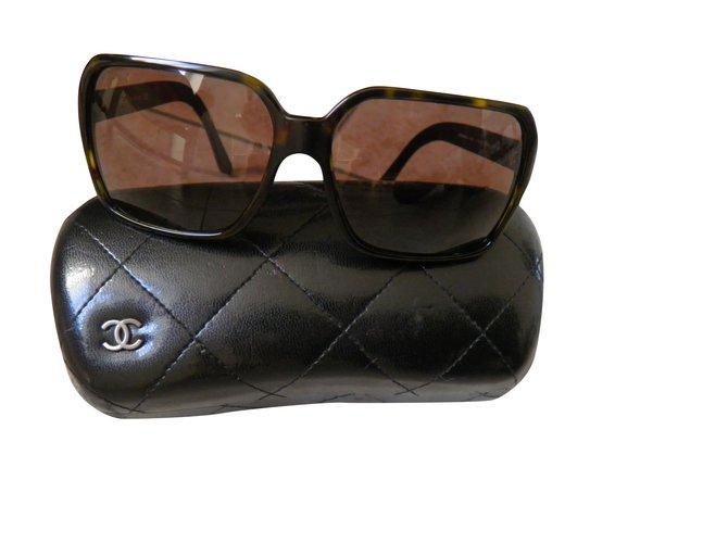 b25fcdb772 Chanel vintage Sunglasses Other Brown ref.92049 - Joli Closet
