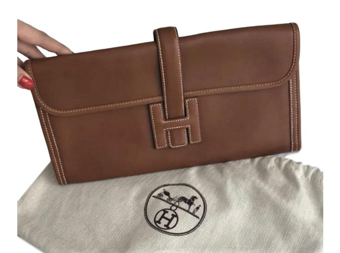 Hermès Jige Elan Clutch bags Leather Chestnut ref.92097