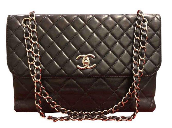 Sacs à main Chanel classique Cuir Noir ref.92110