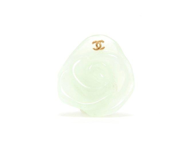 Bagues Chanel CAMELIA JADE GREEN Plastique Vert ref.92463