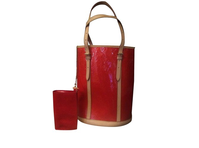 Louis Vuitton Bucket Gm Handbags Patent Leather Red Ref 92495
