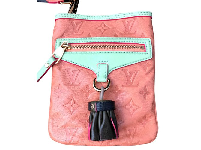 d51b137a15f6 Louis Vuitton Under-Flat collection spring summer 2010 Handbags Leather  Pink ref.92824