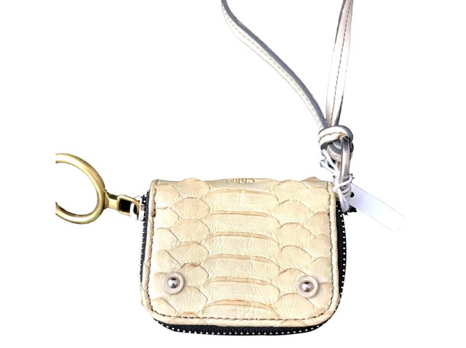 Chloé 3 in 1 Purses, wallets, cases Leather Cream ref.92859