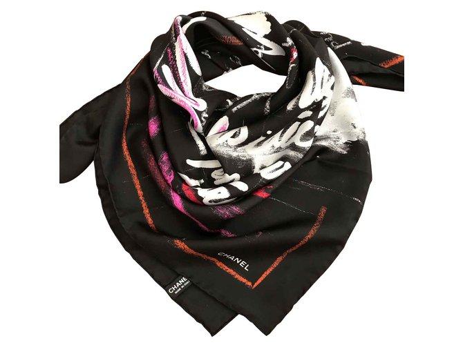 Foulards Chanel Foulard CHANEL Soie Noir ref.93193 - Joli Closet feddac100fb