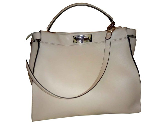 50e9e5597a61 Fendi Peekaboo Handbags Leather Other ref.93295 - Joli Closet