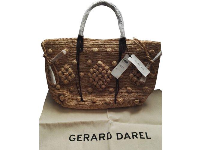 3b01c6f5717c Gerard Darel Handbags Handbags Other Beige ref.96327 - Joli Closet