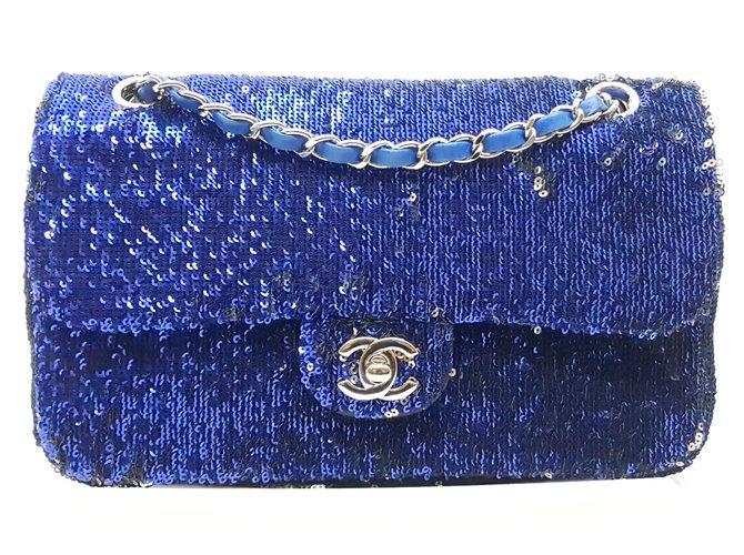 Sacs à main Chanel Sac à main Cuir,Tissu,Satin Argenté,Bleu,Bleu Marine ref.98361