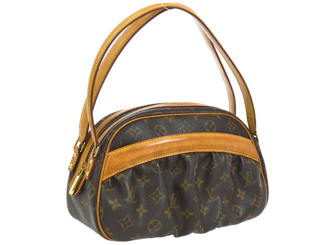 bdc6b0a56d04 Louis Vuitton Clara Handbags Cloth Brown ref.98364 - Joli Closet