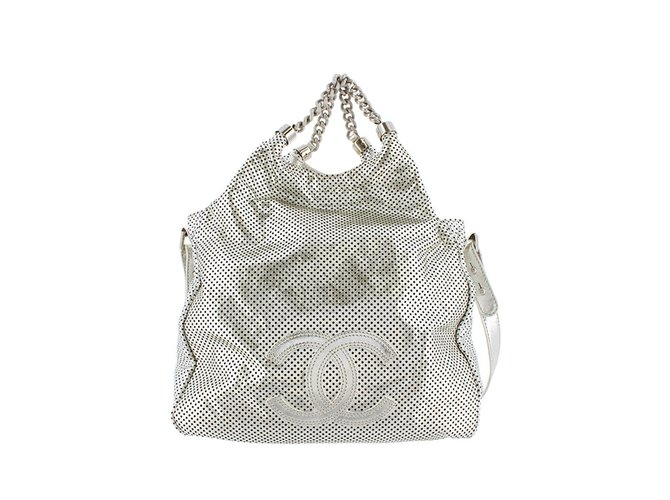 270b67e4e8d4 Chanel Rodeo Drive Satchel Handbags Leather,Other Silvery ref.99020 ...
