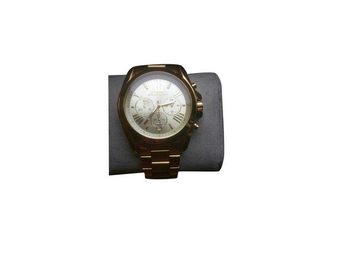 Montres Michael Kors Belles montres Or jaune Doré ref.99117