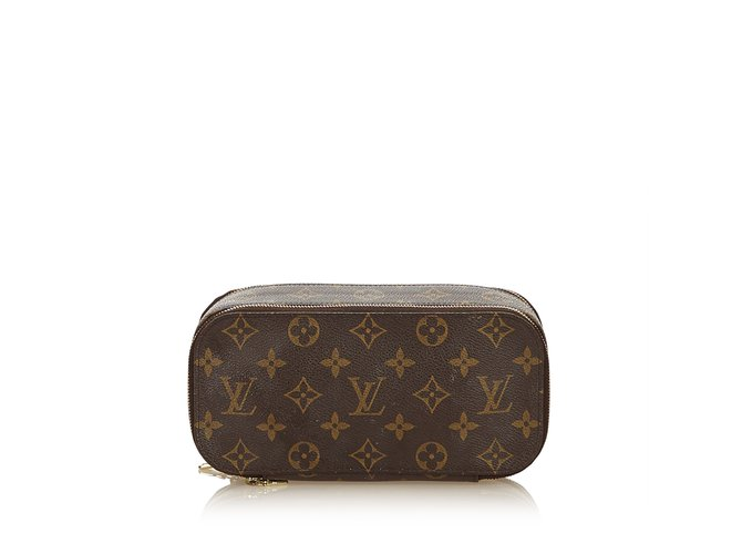 f02b28ab6c3c Louis Vuitton Monogram Trousse Blush PM Purses