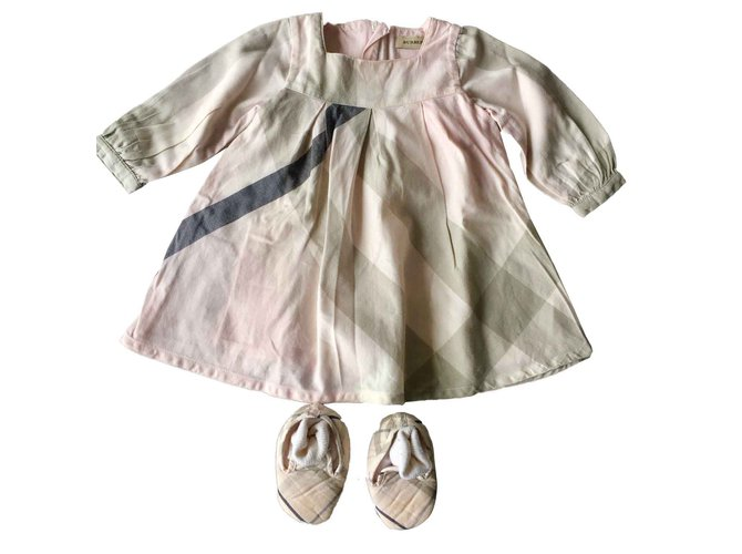 Burberry Dresses Dresses Cotton,Wool Black,Pink,Grey ref.100807