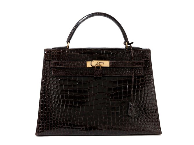 Sacs à main Hermès Rare Hermès Kelly 32 en crocodile couleur cacaon, accastillage plaqué or,  en superbe état ! Cuirs exotiques Marron ref.100882