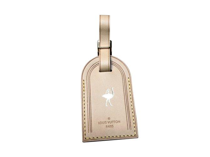 Bijoux de portable Louis Vuitton Charme de téléphone Cuir Beige ref.100973