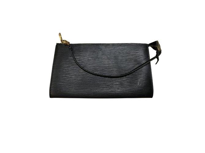 Sacs à main Louis Vuitton Louis Vuitton Pochette Accessoires Cuir Noir ref.100995