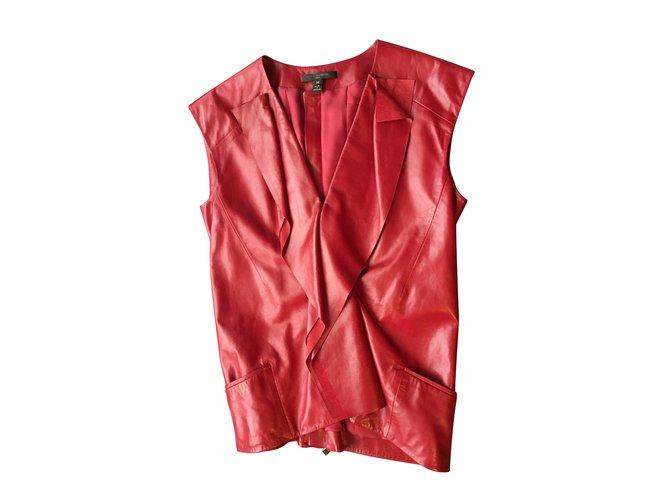 Tops Louis Vuitton Hauts Cuir Rouge ref.101048