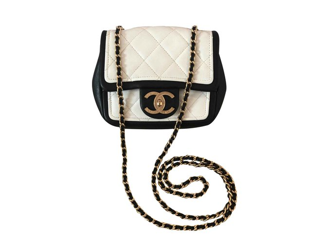 Sacs à main Chanel Mini Chanel Cuir Noir ref.101164