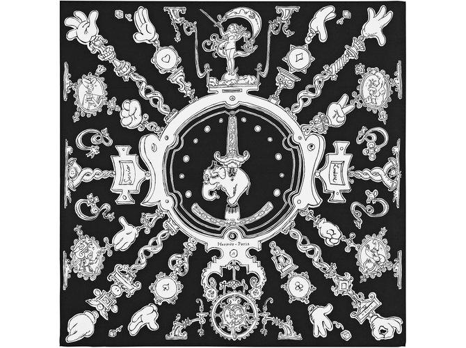 Foulards Hermès Echarpes Soie Noir ref.101273