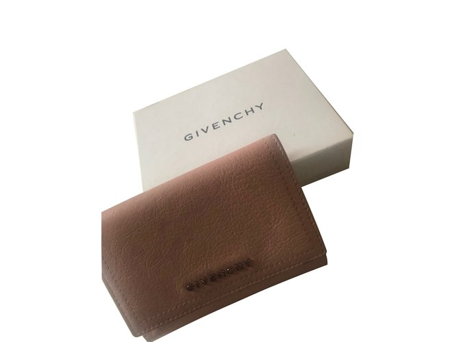 Portefeuilles Givenchy portefeuilles Cuir Rose ref.101353