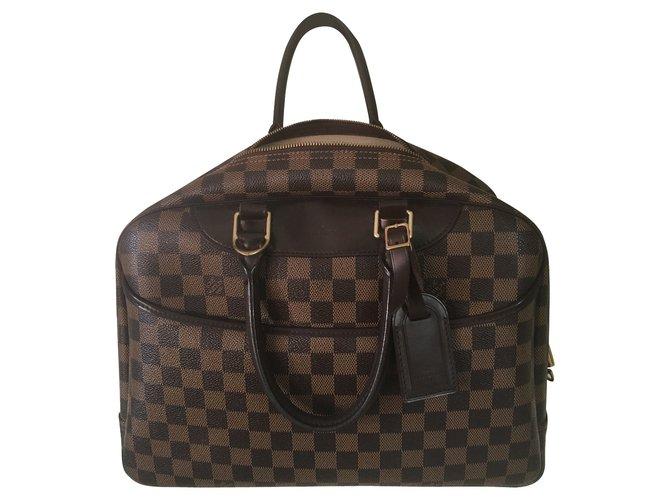Sacs à main Louis Vuitton Louis Vuitton Deauville damier ébène ( commande spéciale) Cuir Marron ref.101386