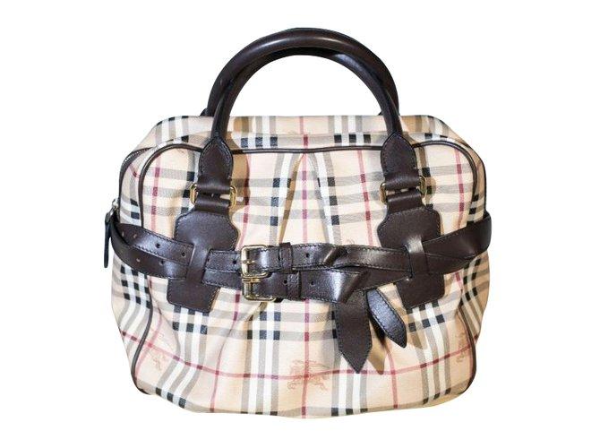 Burberry Handbags Handbags Leather Beige ref.101396