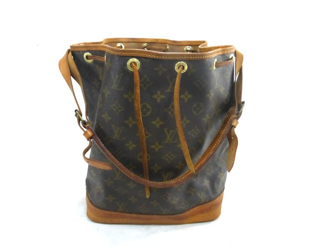 Sacs à main Louis Vuitton NOE GM MONOGRAM Cuir Marron ref.101542