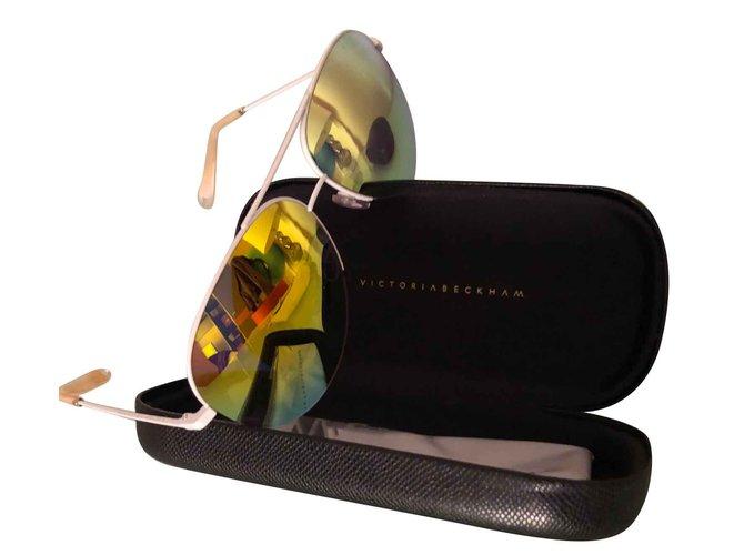 a45ee9be44f2 Lunettes Victoria Beckham Des lunettes de soleil Autre Multicolore ref .101839