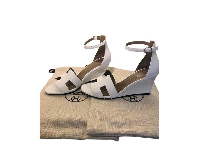 42ef5ed57026 Hermès Hermes Legend sandal Sandals Leather White ref.102070 - Joli ...