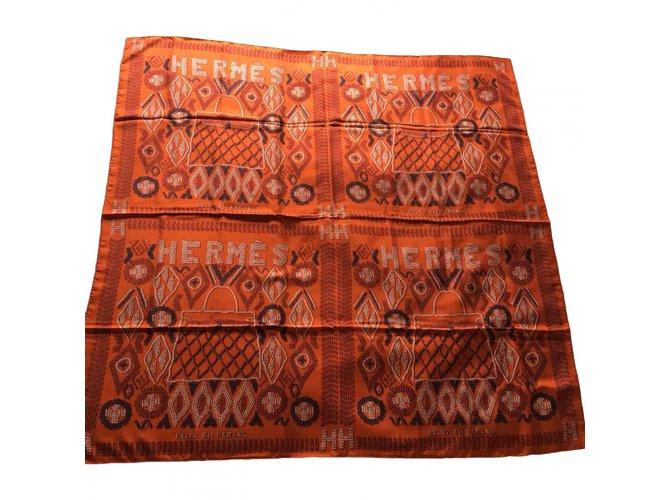 """Hermès Hermès shawl """"Kelly in Pearls"""" Silk scarves Silk Multiple colors ref.102468"""