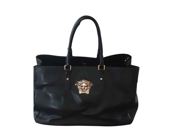 52808964304f Versace Black Grained Leather Medusa Tote Handbags Leather Black ref.102542