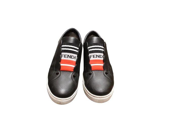 da527b0fe6 Sneakers