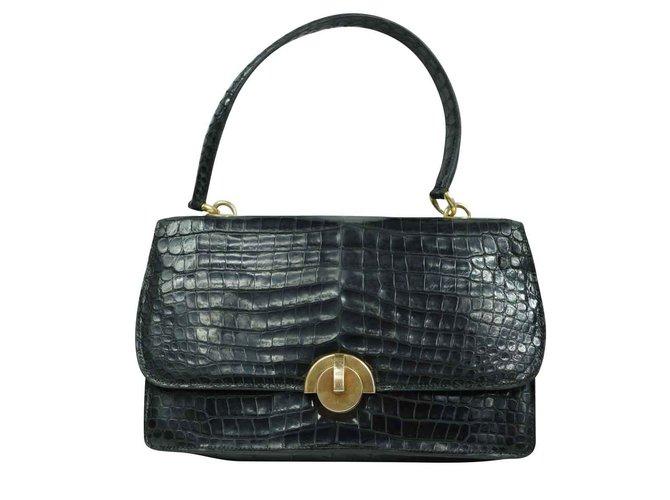 """Sacs à main Hermès Hermès. Sac """"Demi Lune"""" en crocodile 1950 Cuirs exotiques Noir,Doré ref.102871"""