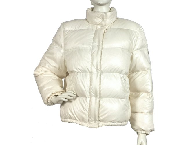 Moncler Moncler down jacket Jackets Polyester Cream ref.102981