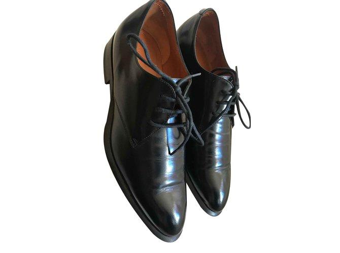 Céline Lace ups Lace ups Patent leather Black ref.103243