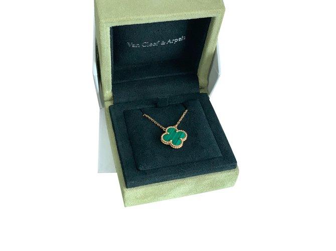 Van Cleef & Arpels Van Cleef Alhambra vintage malachite pendant Pendant necklaces Yellow gold Green ref.194867