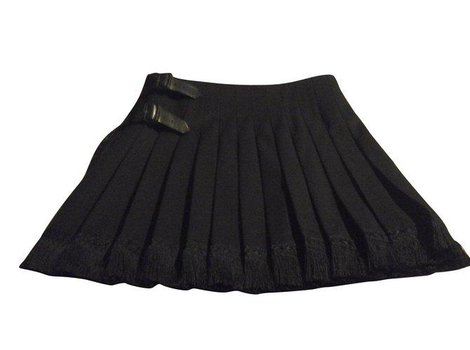 Burberry Black Burberry skirt 100% wool wallet kilt Skirts Wool Black ref.103729